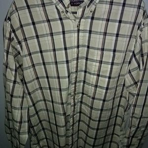 Roundtree & Yorke Long Sleeve Buttonup